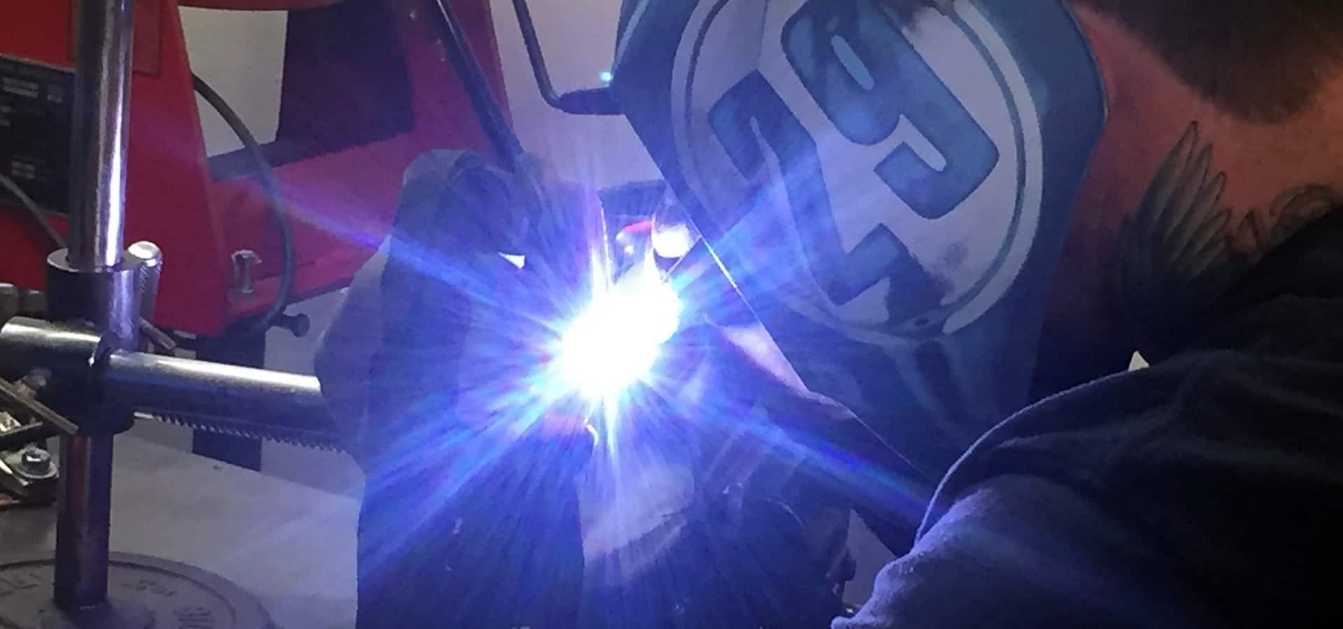 slide_welding_1920x800